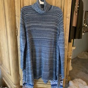 Eight Eight Hues of Blue Turtleneck Tunic